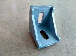 Cantoneira de aluminio 40 X 40